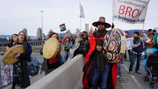Protesters take over the Burnaby Bridge during National Energy Board hearings for the Kinder Morgan Trans Mountain expansion in winter of 2016. Photo by Elizabeth McSheffrey.