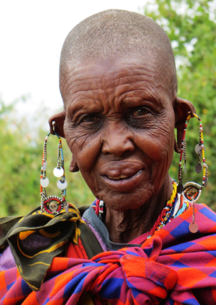 Maasai Mara, Maasai woman, beads, Africa, safari, Elizabeth McSheffrey, Elizabeth Around the World